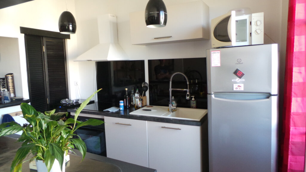Appartement à louer 2 62.04m2 à Toulon vignette-4