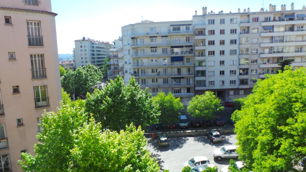 Appartement à louer 2 62.04m2 à Toulon vignette-5