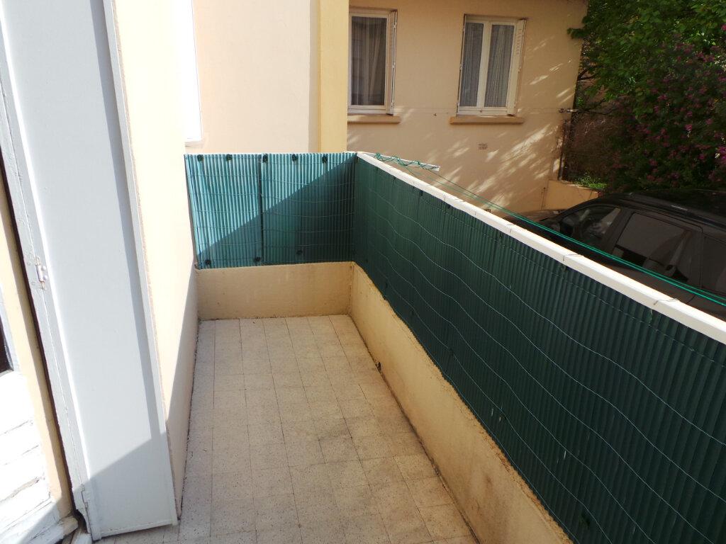 Appartement à louer 2 46.62m2 à Toulon vignette-6