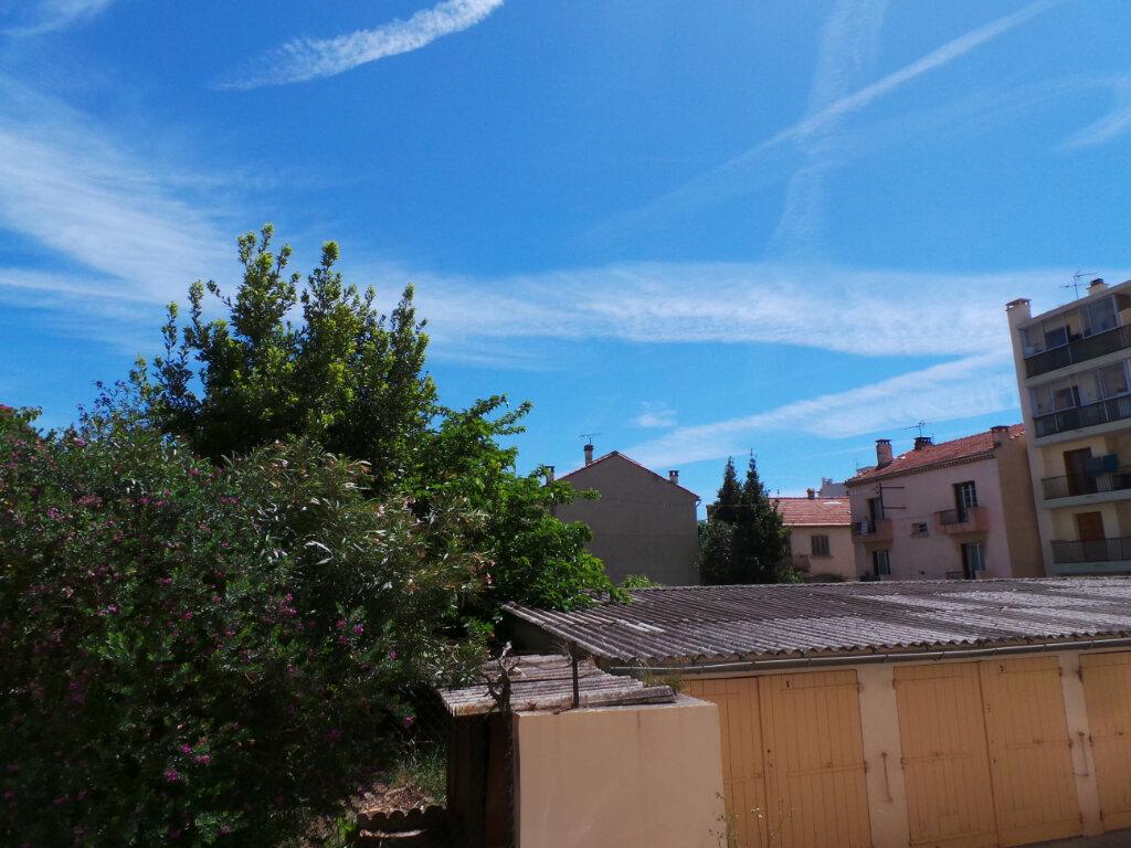 Appartement à louer 2 46.62m2 à Toulon vignette-7