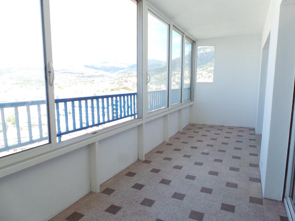 Appartement à vendre 3 65m2 à Toulon vignette-6