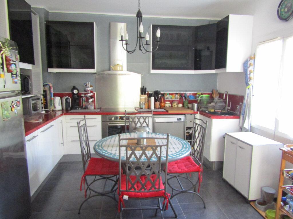 Maison à vendre 4 62.8m2 à Toulon vignette-2