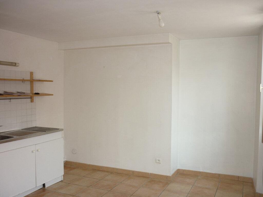 Appartement à louer 2 39.5m2 à Toulon vignette-3