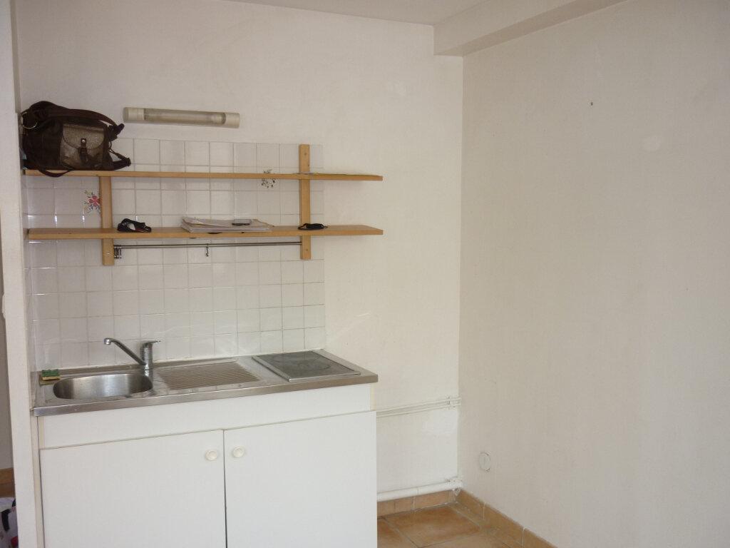 Appartement à louer 2 39.5m2 à Toulon vignette-4