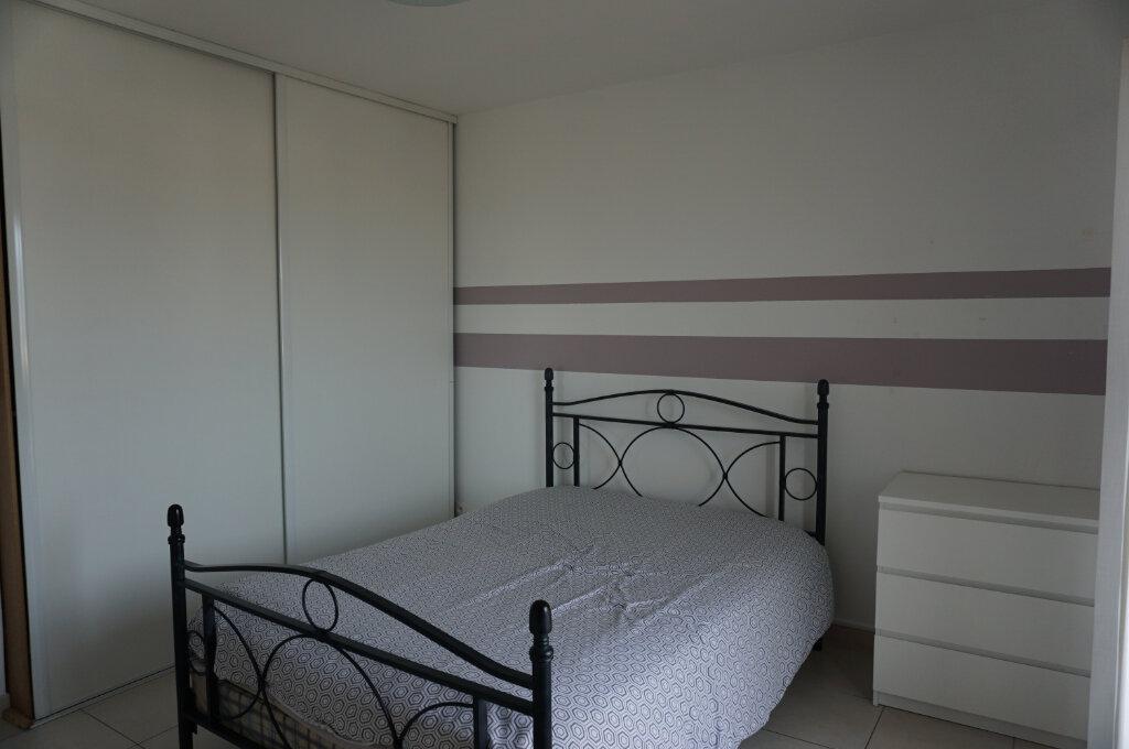 Appartement à vendre 2 40m2 à La Seyne-sur-Mer vignette-3