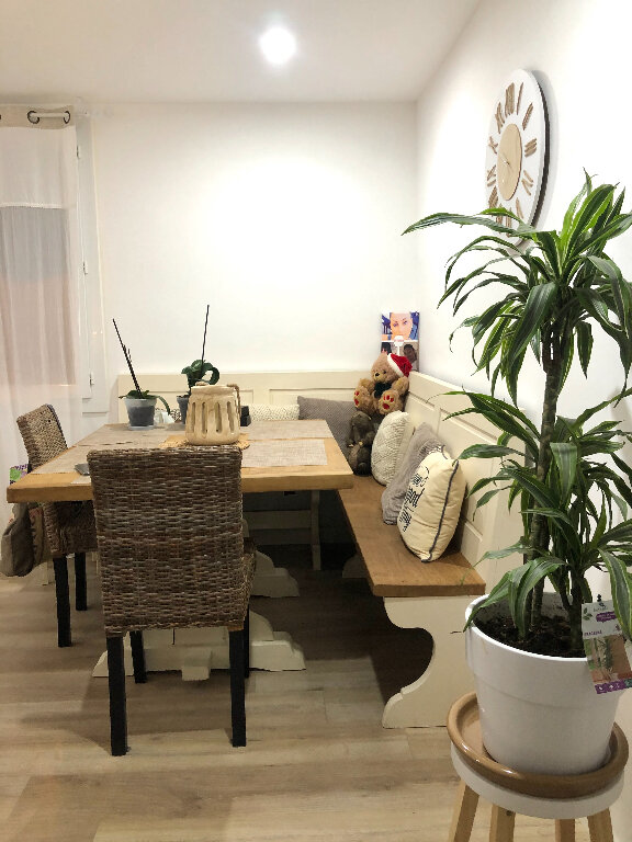 Appartement à vendre 3 56m2 à Saint-Mandrier-sur-Mer vignette-3