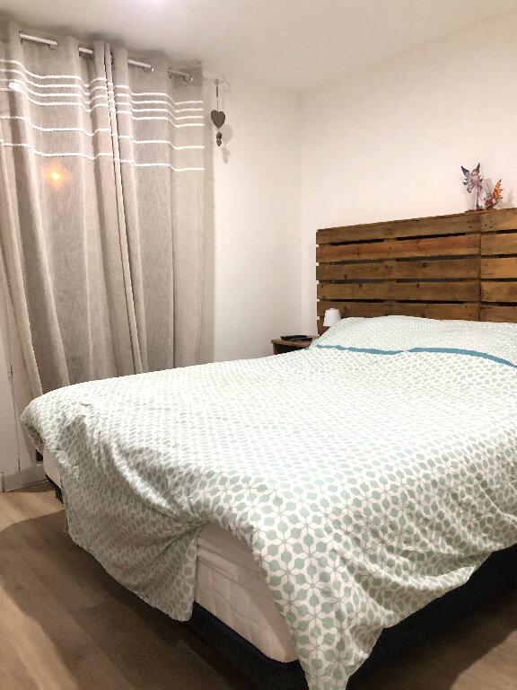 Appartement à vendre 3 56m2 à Saint-Mandrier-sur-Mer vignette-6