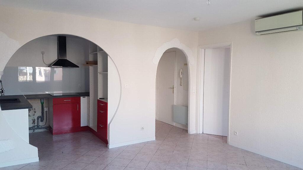 Appartement à louer 2 41.23m2 à Mouans-Sartoux vignette-2