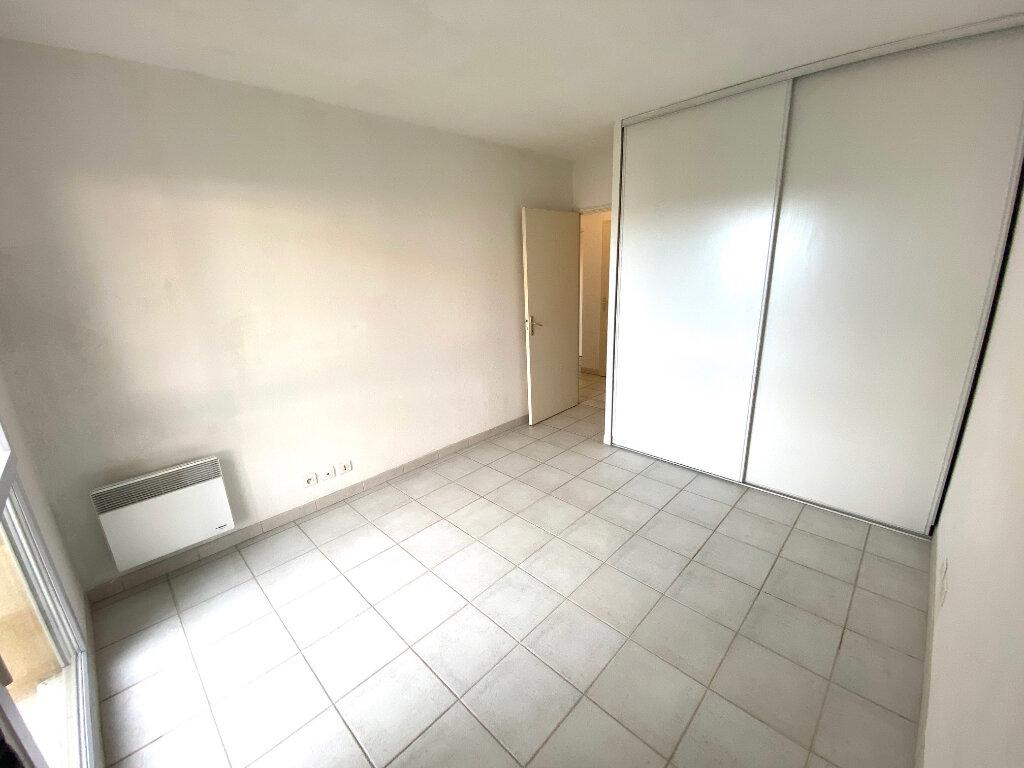 Appartement à louer 2 53m2 à Grasse vignette-6