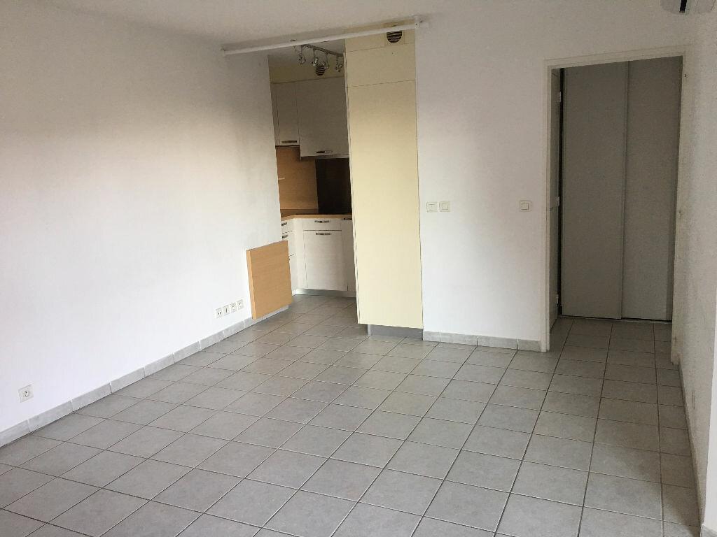 Appartement à louer 2 41.44m2 à Mouans-Sartoux vignette-2