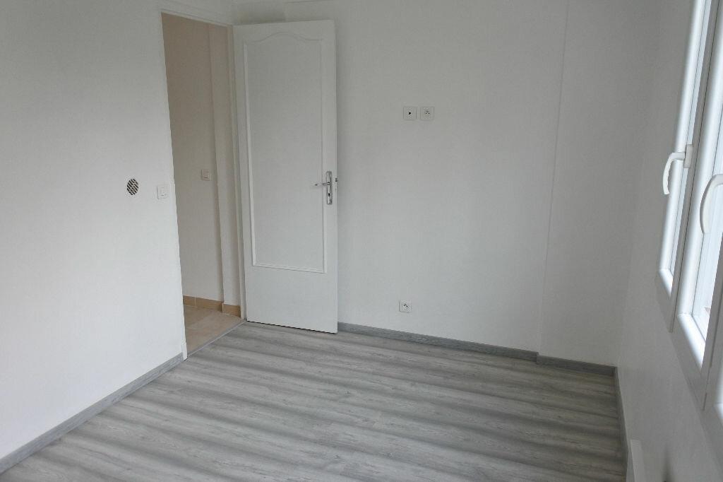 Appartement à louer 2 65.09m2 à Mougins vignette-4