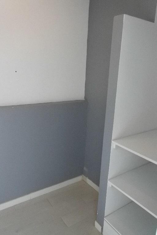 Appartement à louer 2 65.09m2 à Mougins vignette-5