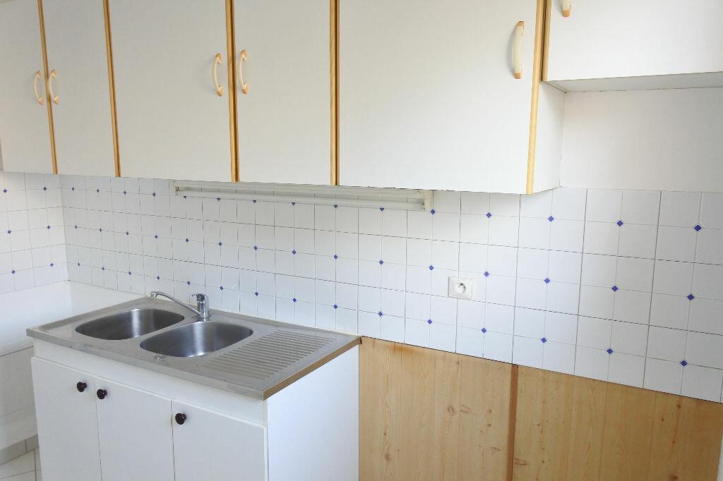 Appartement à louer 3 64.26m2 à Mouans-Sartoux vignette-7