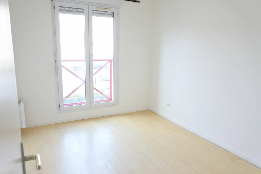 Appartement à louer 3 64.26m2 à Mouans-Sartoux vignette-8