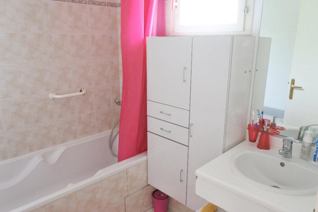 Appartement à louer 3 62.64m2 à Mougins vignette-6