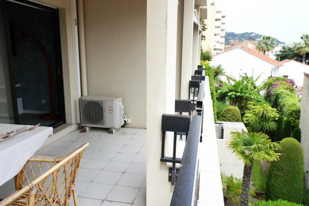 Appartement à vendre 2 47.71m2 à Cannes vignette-7