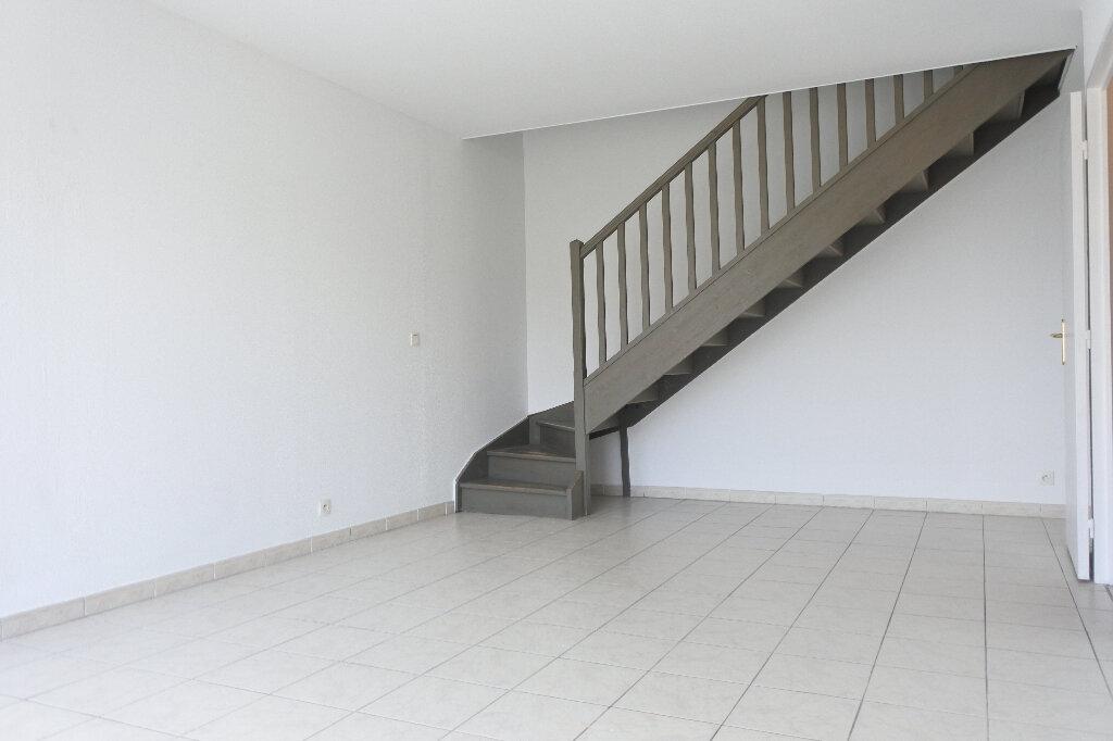 Appartement à louer 3 66.59m2 à Mouans-Sartoux vignette-2