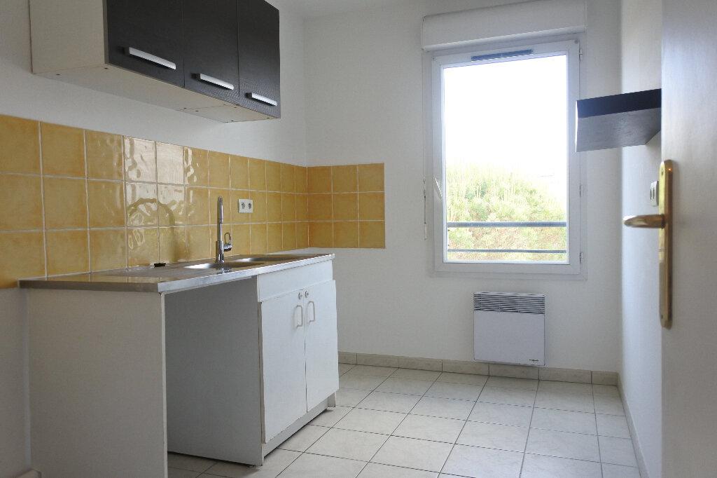 Appartement à louer 3 66.59m2 à Mouans-Sartoux vignette-3
