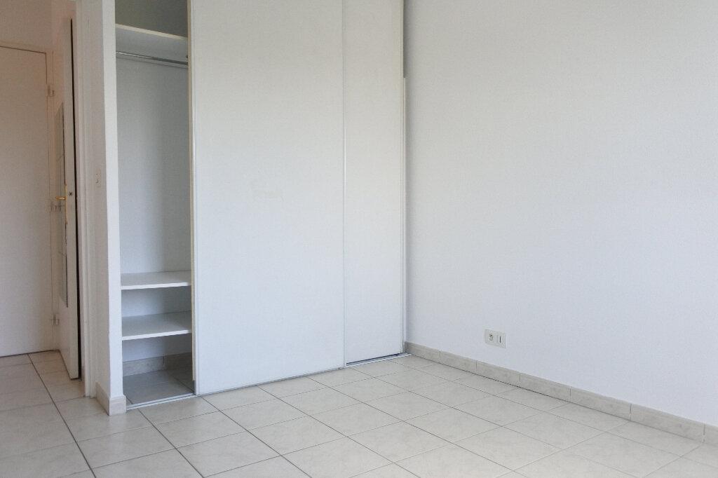 Appartement à louer 3 66.59m2 à Mouans-Sartoux vignette-5