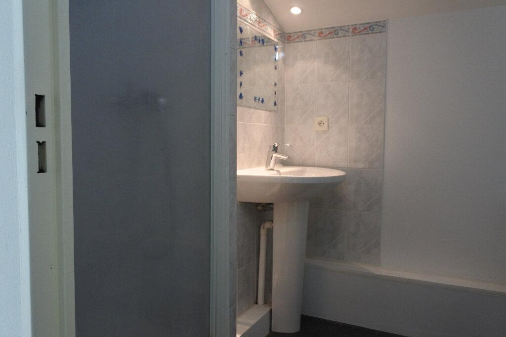 Appartement à louer 3 66.59m2 à Mouans-Sartoux vignette-9