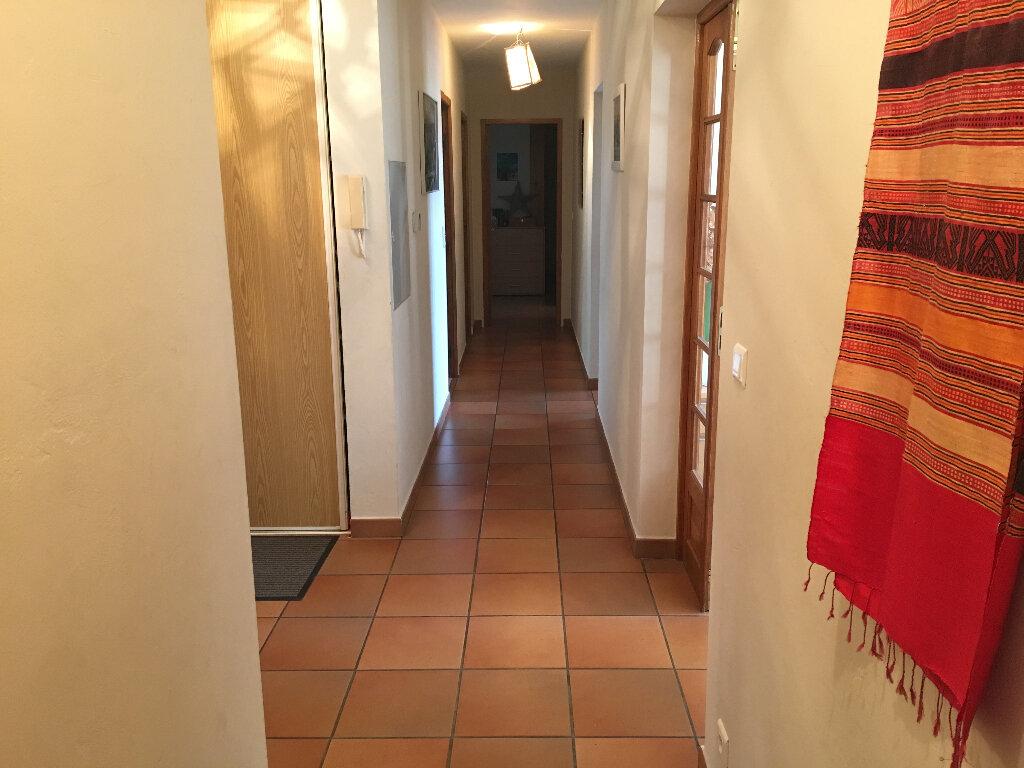 Maison à louer 4 158.17m2 à Grasse vignette-7