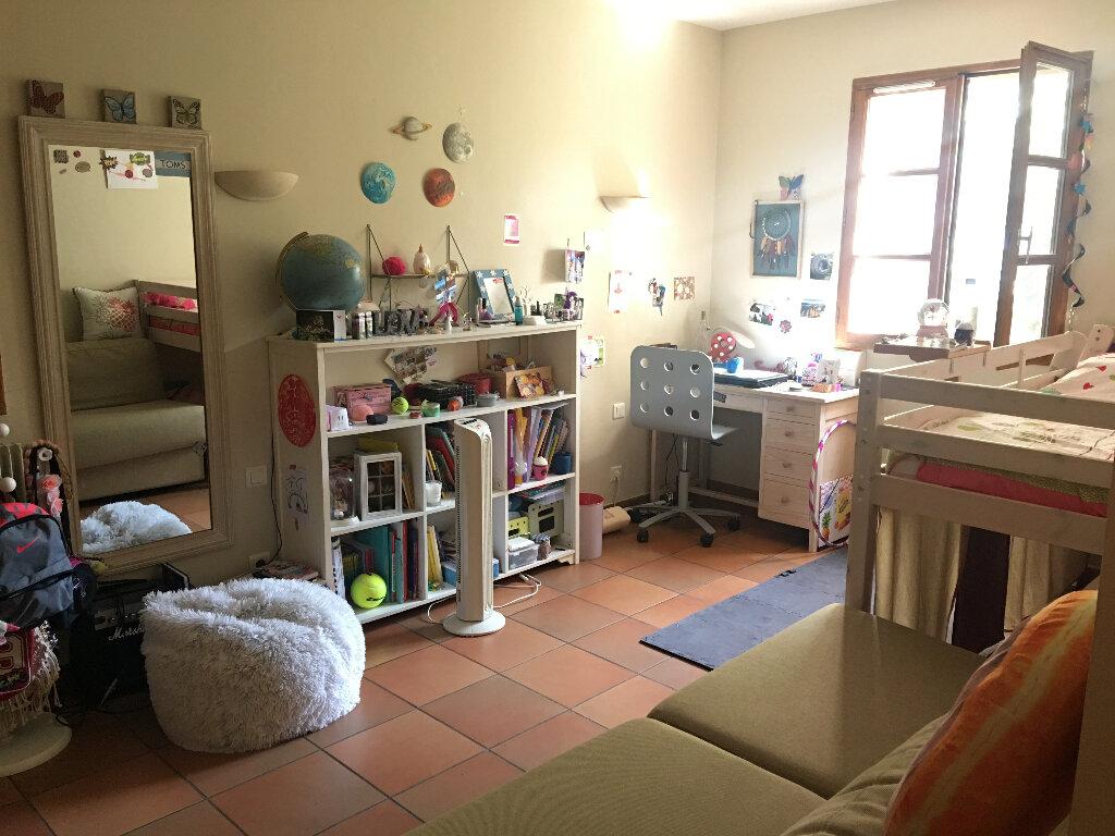 Maison à louer 4 158.17m2 à Grasse vignette-9