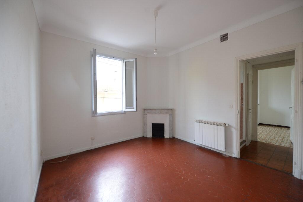 Appartement à louer 3 56.34m2 à Grasse vignette-1