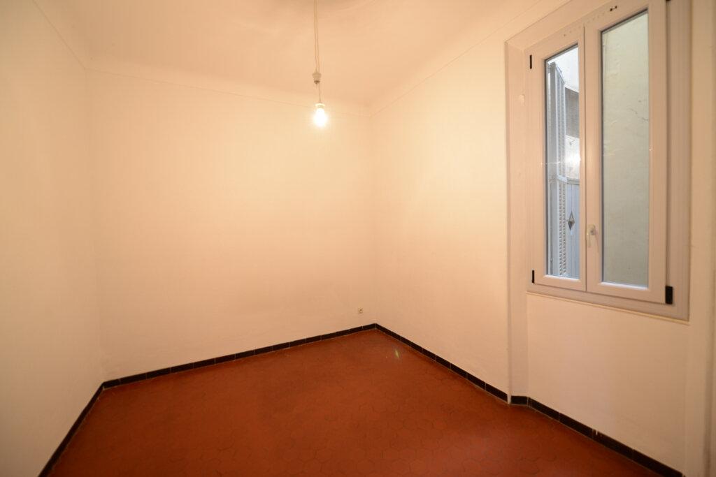 Appartement à louer 3 56.34m2 à Grasse vignette-3