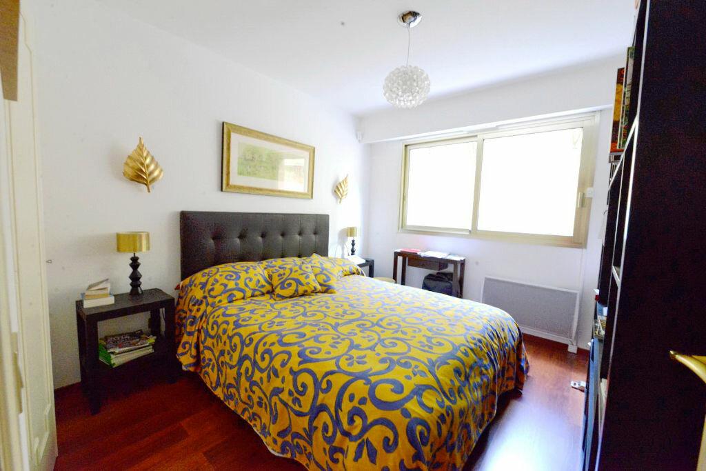 Appartement à vendre 3 69.3m2 à Grasse vignette-8