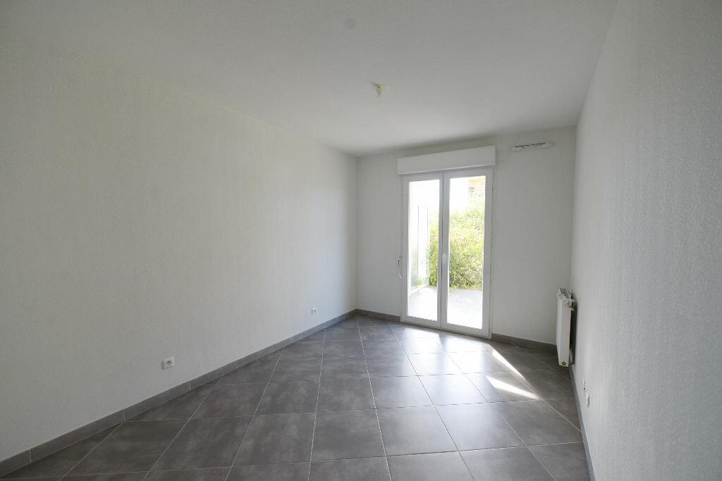 Appartement à louer 4 81.78m2 à Grasse vignette-5