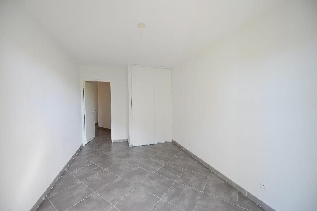 Appartement à louer 4 81.78m2 à Grasse vignette-6