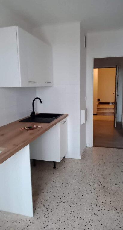 Appartement à louer 2 45m2 à Grasse vignette-3