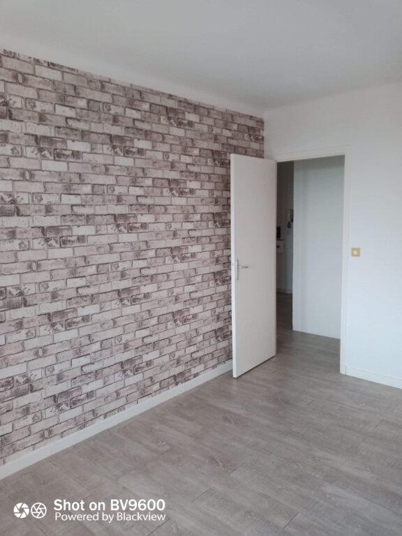 Appartement à louer 2 45m2 à Grasse vignette-6