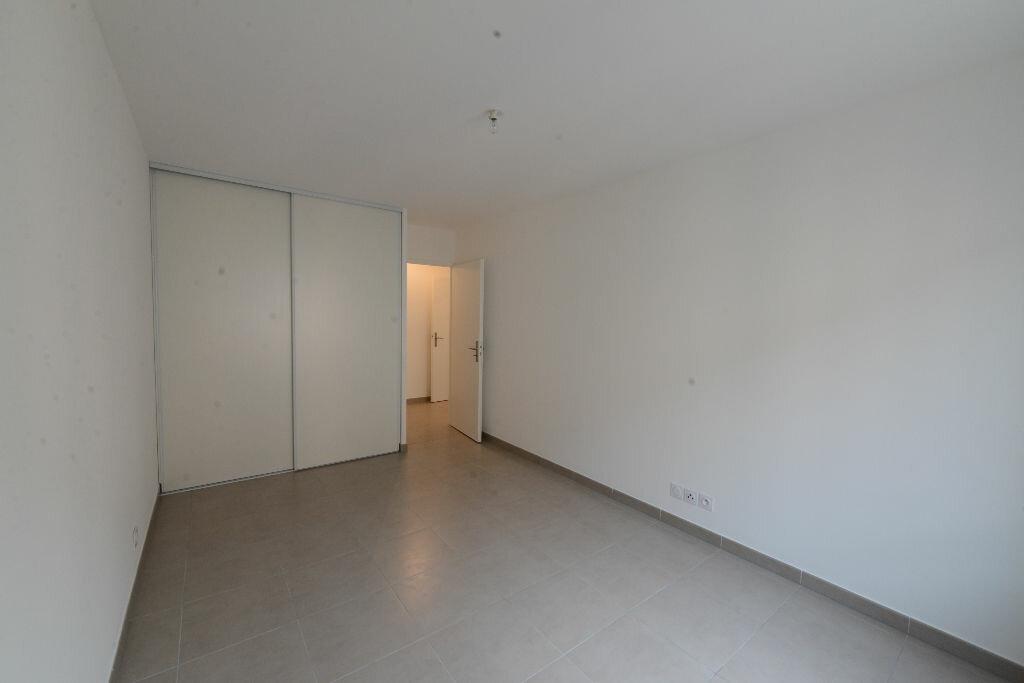 Appartement à louer 3 67m2 à Grasse vignette-4