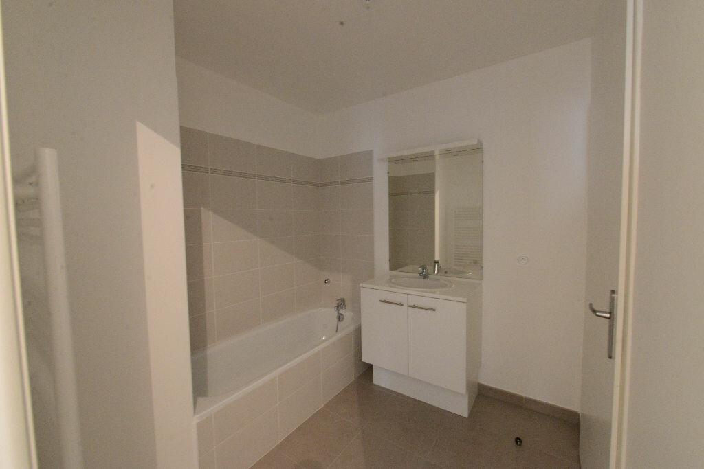 Appartement à louer 3 67m2 à Grasse vignette-6