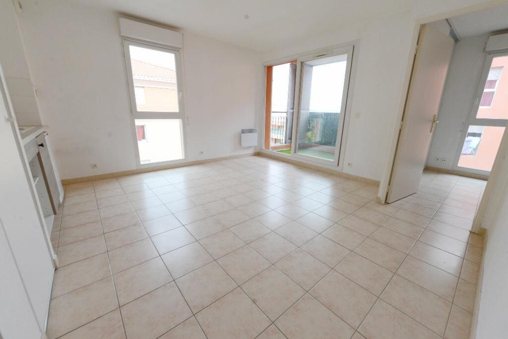 Appartement à louer 2 32.3m2 à Grasse vignette-3