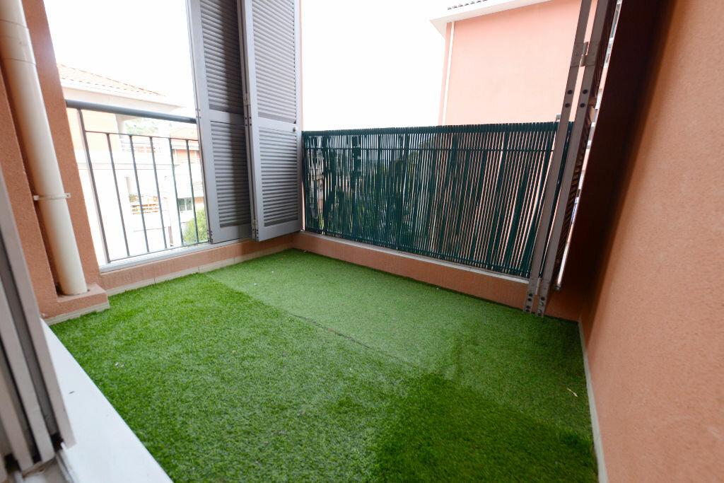 Appartement à louer 2 32.3m2 à Grasse vignette-7