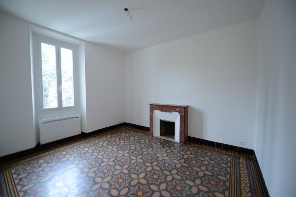 Appartement à louer 3 65.91m2 à Mouans-Sartoux vignette-5
