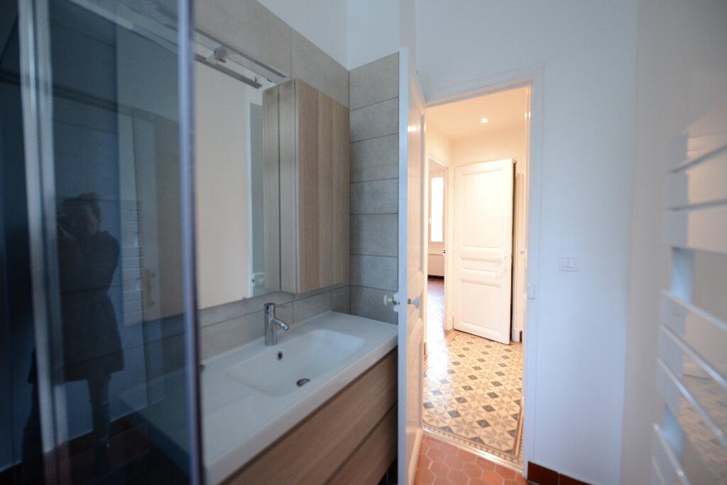 Appartement à louer 3 65.91m2 à Mouans-Sartoux vignette-6