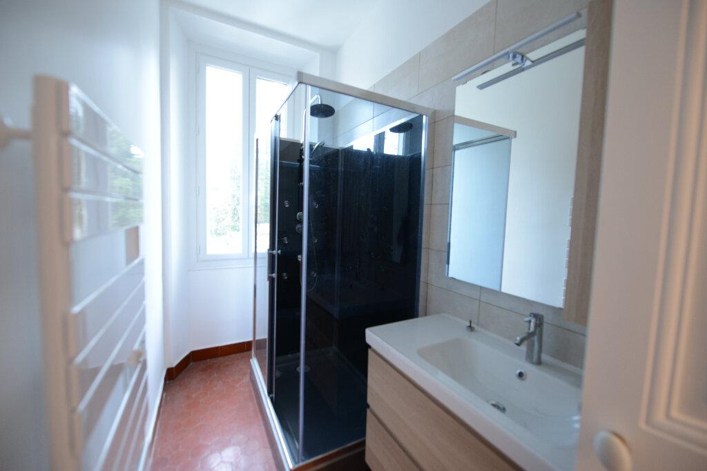 Appartement à louer 3 65.91m2 à Mouans-Sartoux vignette-7