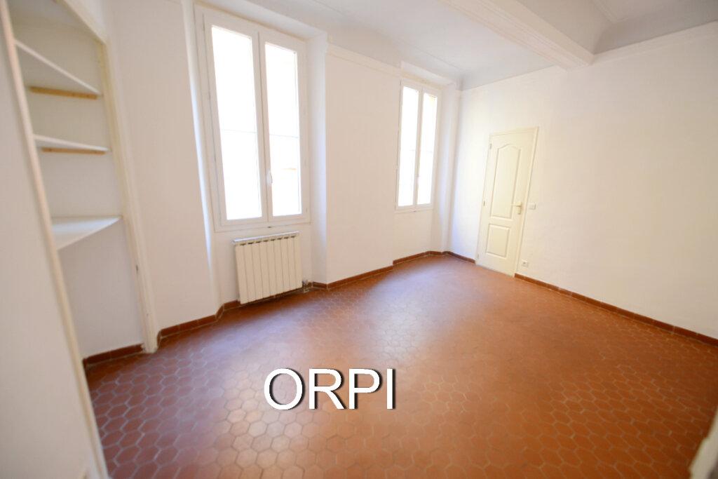 Appartement à louer 2 53m2 à Grasse vignette-2