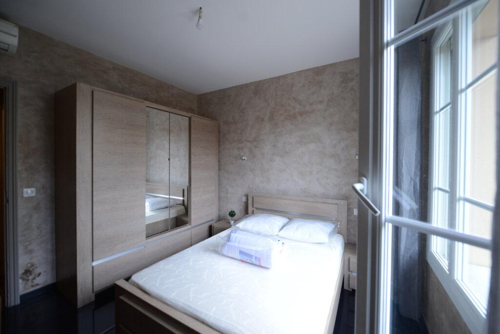 Appartement à louer 2 46m2 à Grasse vignette-5