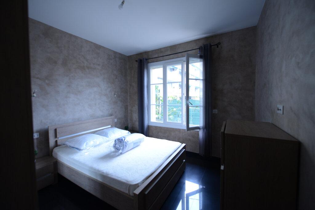 Appartement à louer 2 46m2 à Grasse vignette-6