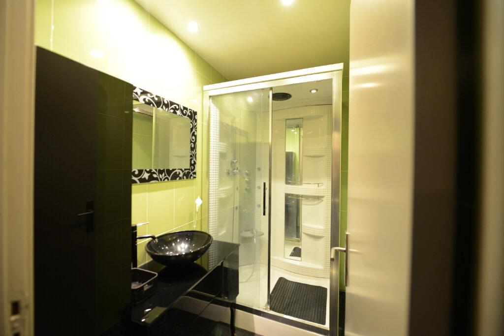 Appartement à louer 2 46m2 à Grasse vignette-7
