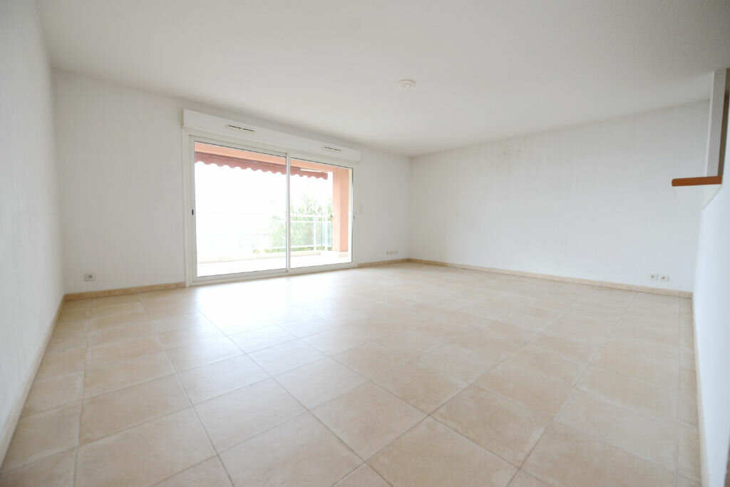 Appartement à vendre 4 94m2 à Grasse vignette-2