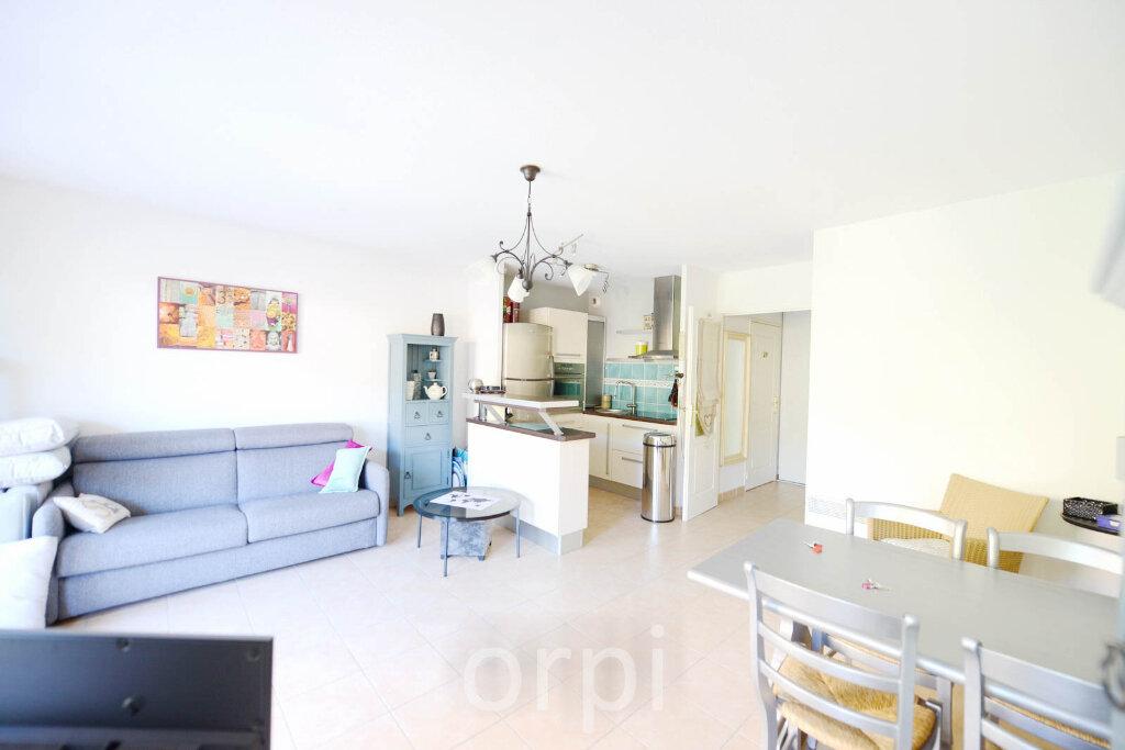 Appartement à vendre 3 55m2 à Grasse vignette-2