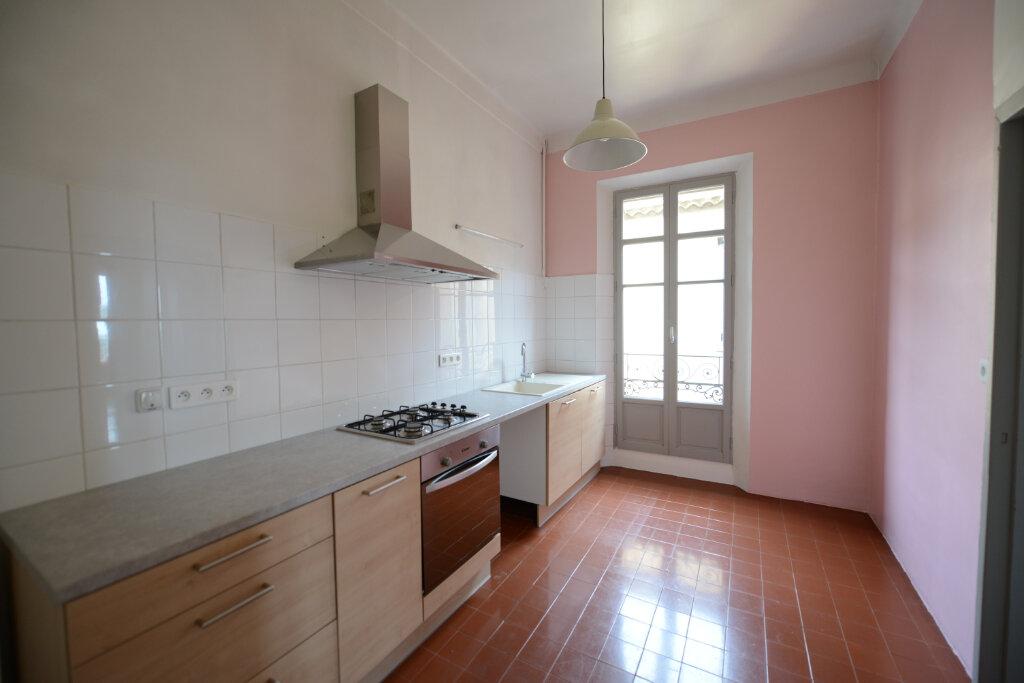 Appartement à louer 3 96.14m2 à Grasse vignette-2