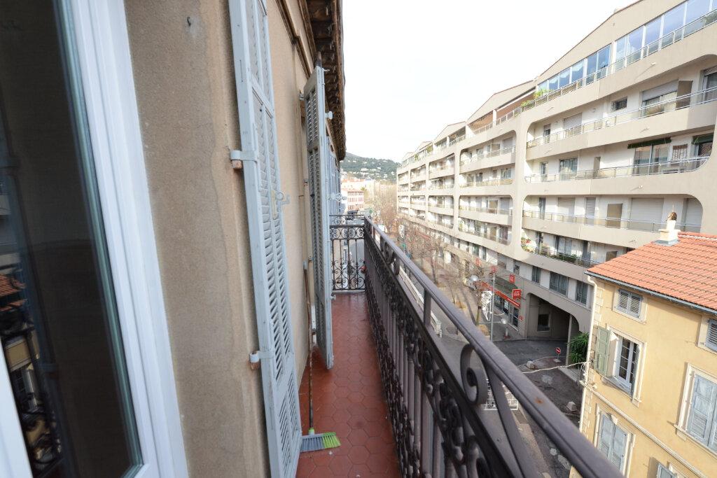 Appartement à louer 3 96.14m2 à Grasse vignette-11