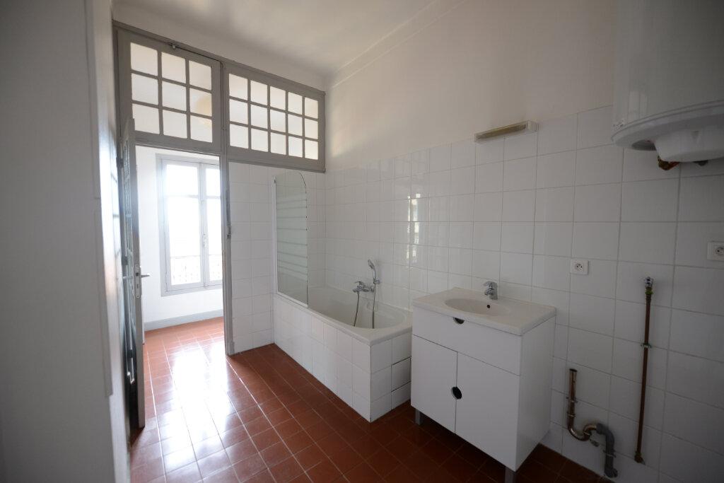Appartement à louer 3 96.14m2 à Grasse vignette-15