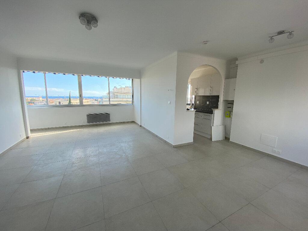 Appartement à louer 3 86m2 à Nice vignette-1
